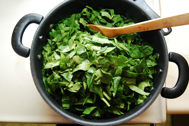 Cooked spinach is high in iron